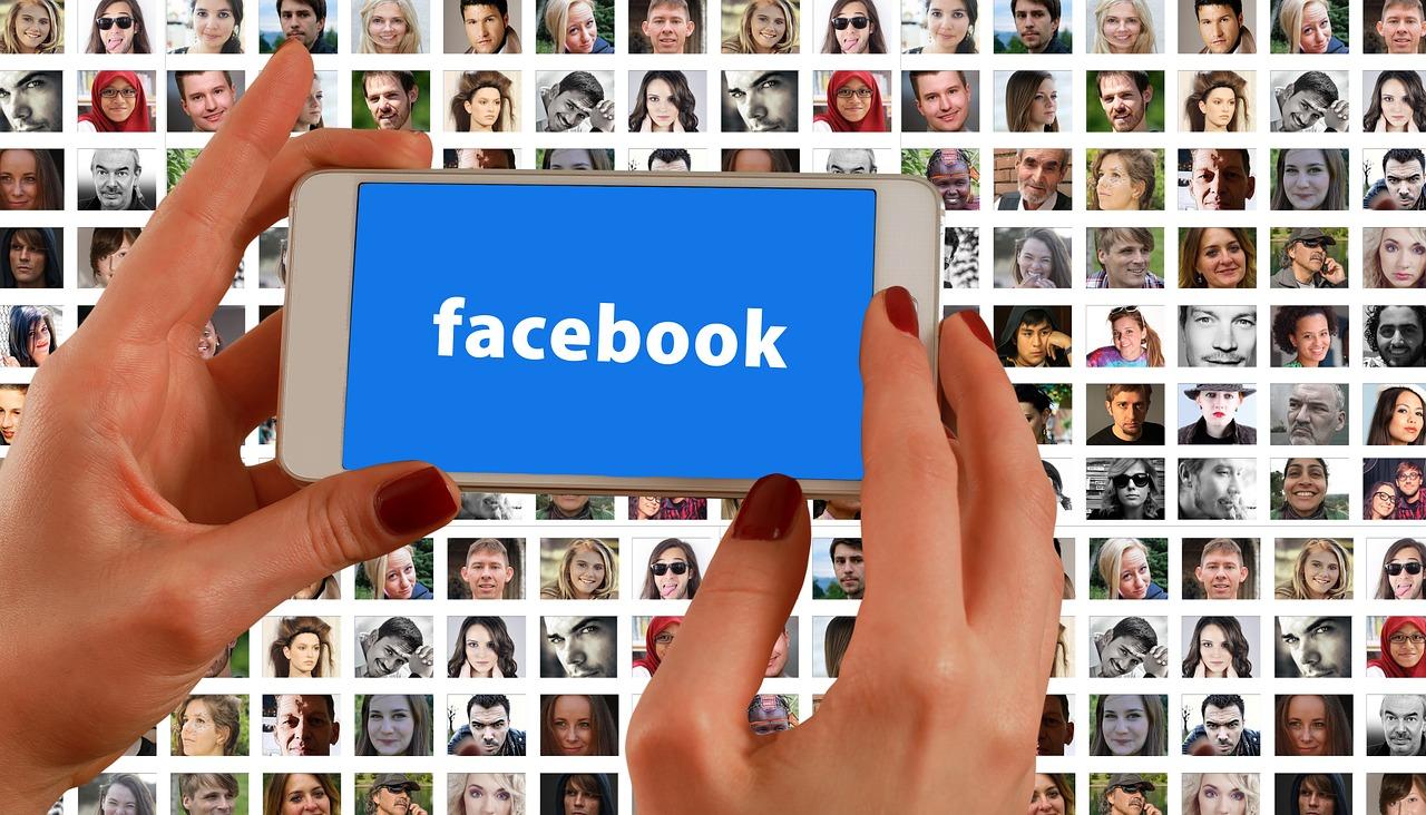 Sử dụng công cụ Facebook Remarketing